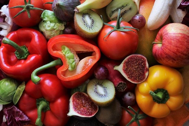 A group of fruit and vegetables